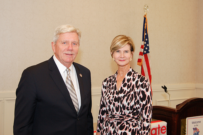 Commissioner Rebecca Dye (Right) and Tom Heimgartner, Chairman, Association of Bi-State Motor Carriers